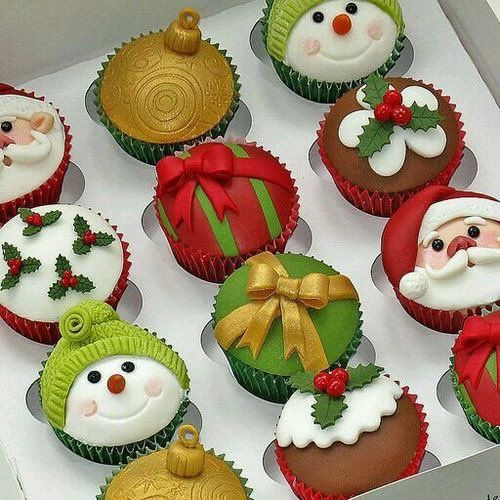 43 Cute And Creative Christmas Cupcake Ideas Page 6 Of 43