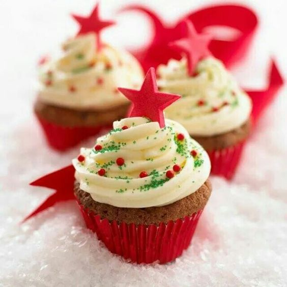 43 Cute And Creative Christmas Cupcake Ideas Page 3 Of 43