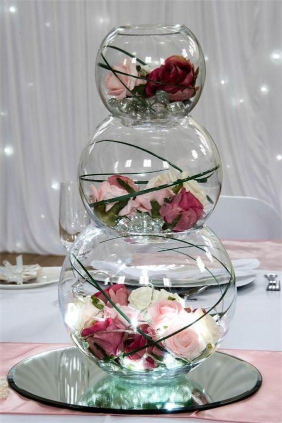 Floral wedding centerpieces; simple Wedding decors; DIY wedding centerpieces; rustic table decors; wedding centerpieces mason jars.