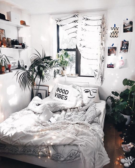 54 Awesome Decoration Ideas to Make Your Bedroom Cozy and ... on Cozy Teenage Room Decor  id=52365