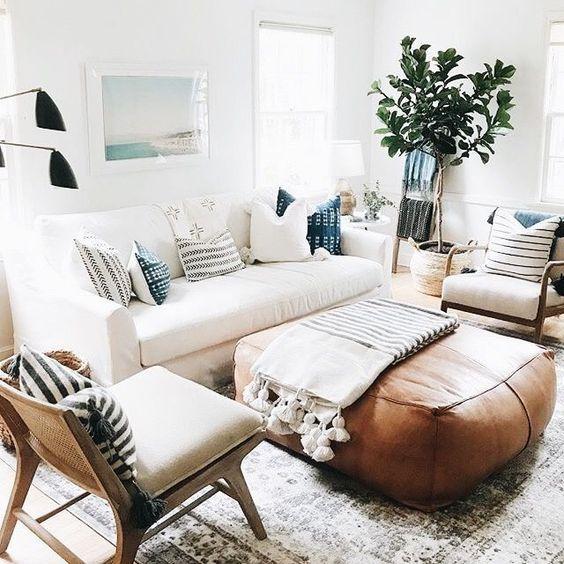 Bright living room ideas; cozy living room decors; white living room; modern living room.
