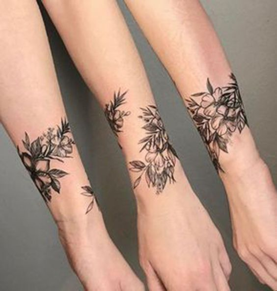 50+ Wonderful Wrist Tattoos For Women